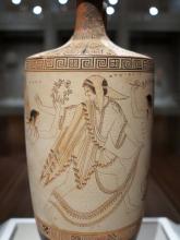 Ancient Greek image of Atalanta on a ceramic pot