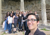 Prof. Levin-Richardson and her students at Praeneste