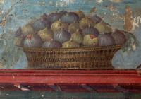 Roman fresco of a bowl of figs